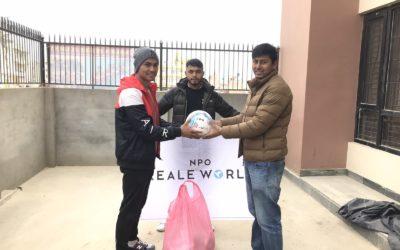 ゴールネパール基金に協力し、カリコットFCに支援