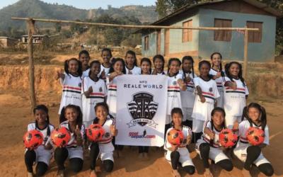 ゴールネパール基金に協力し、セティデビ高等学校の女子サッカーチーム支援