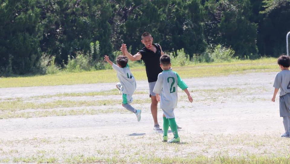 FC REALE U10&U8 お盆休みにトレーニングマッチ!U10 & U8 children took on a training match.