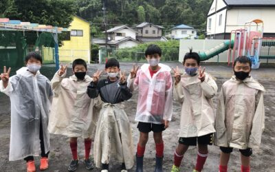 FCレアーレの高学年が保育園で奉仕活動!